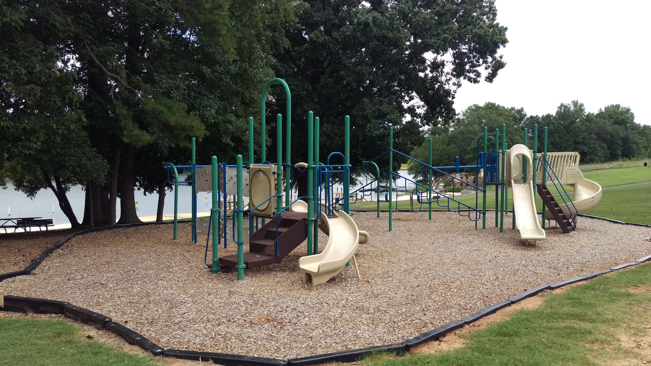 Photo of Playground 1 at Sandy Creek Park.